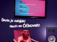 Škola je zabiják, tvrdí mládeži hudební televize Óčko