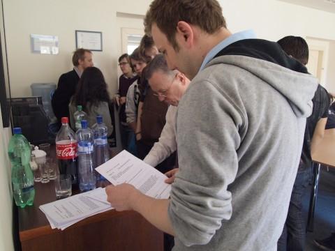 Po převzetí briefu mají soutěžní dvojice na práci nejvýš 24 hodin. Foto: Jan Marcinek