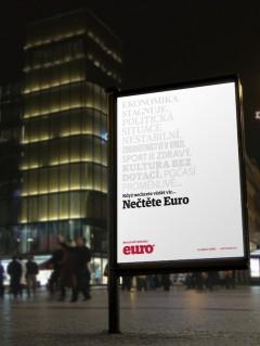 Inzerát na novou podobu časopisu Euro v podsvícené vitríně