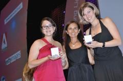 Hana Kundrátová a Kateřina Huňová se zlatem. Foto: Cannes Lions