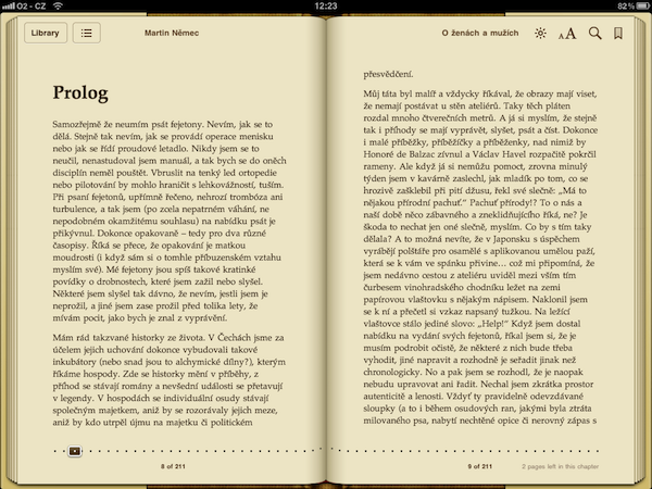 Text knihy v aplikaci iBooks na tabletu iPad