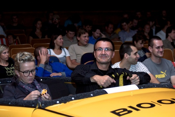 Pavla Tomsová a Igor Šmerda z Nokie obsadili VIP místa v trabantu. Foto: Ivana Dvorská
