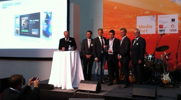Zástupci norského deníku VG přebírají na IFRA Expo ocenění. Foto: NewsLab