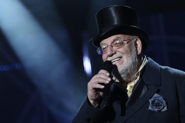 Show využila známá jména pro netradiční pěvecké role, zde Jan Nedvěd. Foto: TV Barrandov