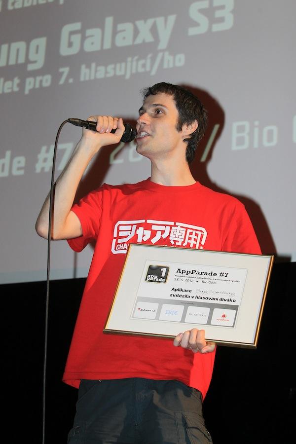 ... a na žádost přítomných dal unplugged Reklamu na ticho od Pala Habery. Foto: Tomáš Pánek
