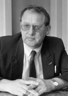 Zdeněk Porybný, dlouholetý šéfredaktor a majitel Práva, zde na archivní fotografii z roku 1992. Foto: ČTK/Novák Tomáš
