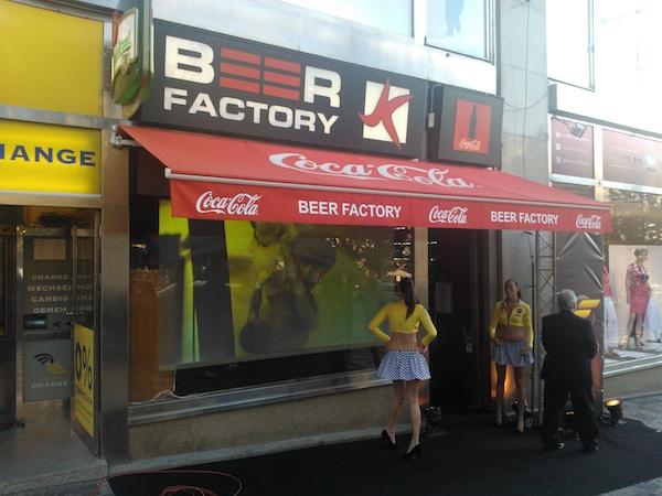 Nova Fanda se představuje v pivnici Beer Factory vedle Domu módy na Václavském náměstí v Praze