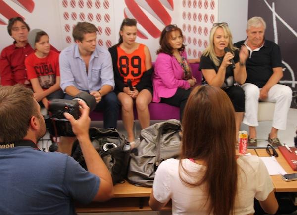 Lenka Hornová kdysi dělala Prásk, produkovala Big Brothera, teď je hlavnou seriálu Gympl. Foto: Linda Matásková
