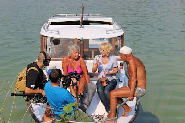 Soutěžní odysseu Můžeme dál? moderuje Miluše Bittnerová (na snímku druhá zprava) a Tomáš Měcháček. Foto: ČT
