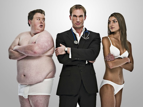 outfoxed vs supersize me Super size me: the facts from the film america is the fattest nation in the world over 100 million americans are overweight or obsess 60% of all us adults are overweight or obsess.