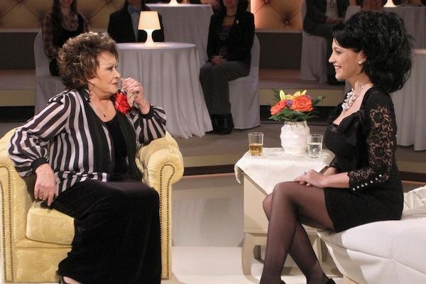 Zrcadlo tvého života. V prvním díle byla hostem Jiřiny Bohdalové Lucie Bílá. Foto: TV Prima