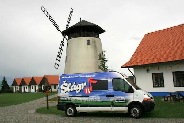 Šlágr TV se specializuje na lidovou hudbu v nenáročných aranžích. Foto: Šlágr TV
