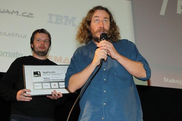 Rudolf Belec z Bioportu děkuje divákům, že nejvíc ocenili aplikaci Taxi Club. Foto: Tomáš Pánek