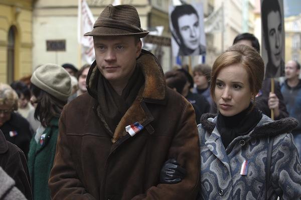 Tatiana Pauhofová hraje advokátku Dagmar Burešovou, Jan Budař jejího muže. Foto: HBO