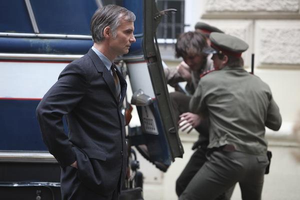Ivan Trojan v roli majora Veřejné bezpečnosti Jireše. Foto: HBO