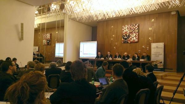 Dnešní seminář o digitálním rádiu pořádá Český rozhlas a poslanci volebního výboru, kteří se zabývají mediální legislativou