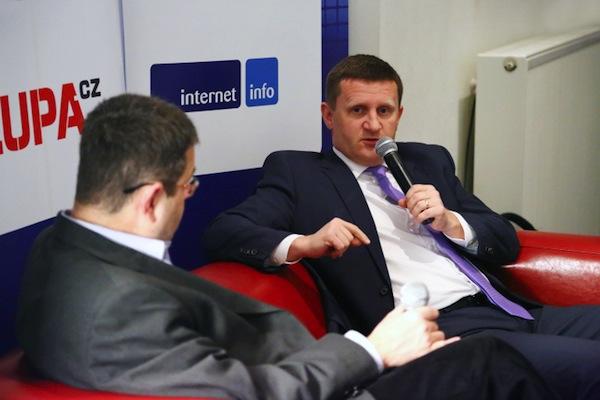 Miroslav Motejlek hostem NetClubu, s moderátorem Petrem Koubským. Foto: Internet Info