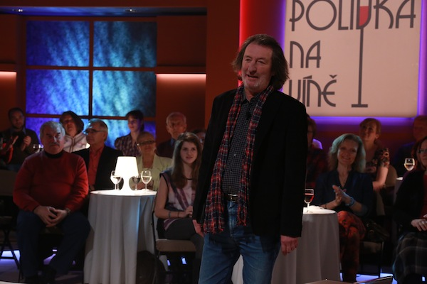 Talk show Polívka na víně se natáčí v Divadle U22 v Praze-Uhříněvsi, v němž Bolek Polívka hraje. Foto: TV Prima