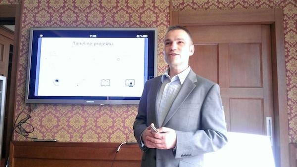Janis Sidovský představil aplikaci v berounském golfovém resortu