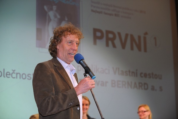 Potřetí za tři roky si trofej pro nejlepší B2C časopis odnesl pivovarník Stanislav Bernard. Foto: Martin Kabát