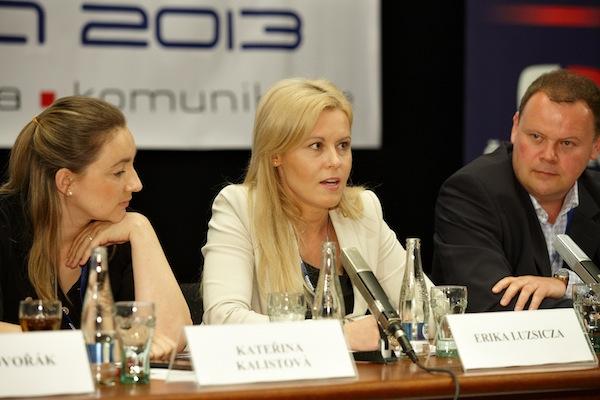 Šéfka RRTV Kateřina Kalistová, Erika Luszicza a šéf Atmedia Petr Majerik na čtvrteční konferenci Digimedia