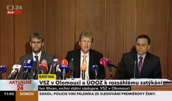 K nejsledovanějším momentům v pátek na ČT24 patřila tisková konference policistů a státních zástupců
