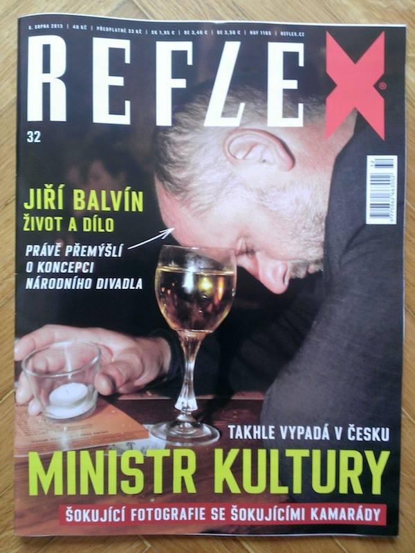 Do Reflexu se na jaře vrátil Pavel Šafr, mistr přímočarých titulních stran. Obálka z 8. srpna. Repro: Reflex