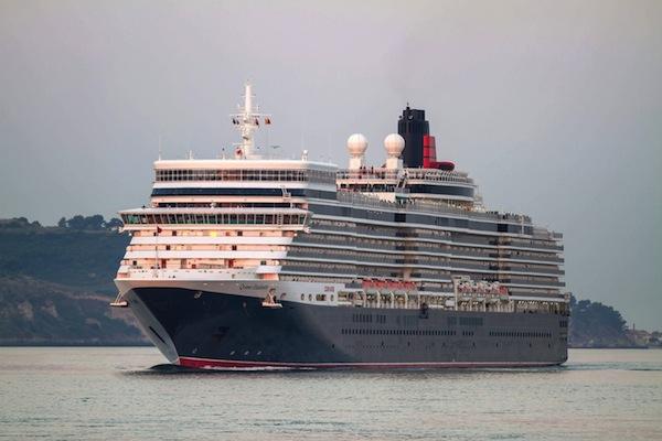 David Frost skonal na palubě lodi Queen Elizabeth. Foto: Profimedia.cz