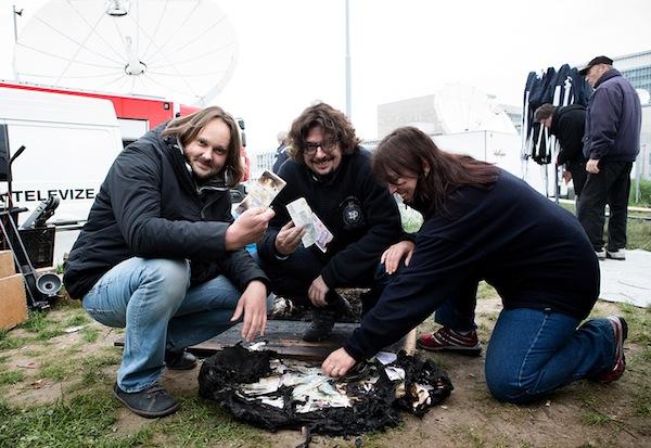 Zleva režisér a scénárista Jan Pachl a výkonný producent Josef Viewegh. Foto: ČT