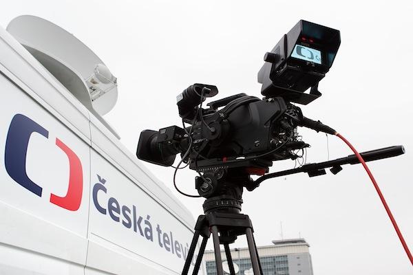 Duální vysílání zvuku nabízí ČT v rámci satelitního příjmu na kanálech ČT1, ČT2 a ČT1 HD