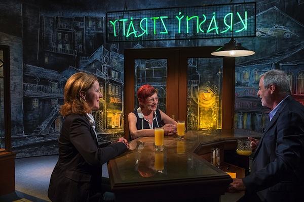 V baru jménem Krásný ztráty. Foto: ČT
