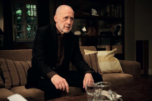 Terapie 2: Jiří Ornest hraje úspěšného byznysmena, bývalého disidenta. Foto: HBO