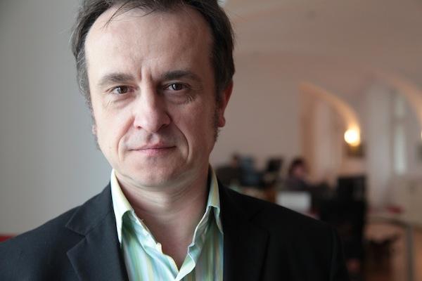 István Lékó v pražské redakci České pozice. Foto: Richard Cortés, Česká pozice