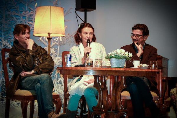 Vlevo režisér Jiří Strach, uprostřed Eva Holubová. Foto: Martina Votrubová