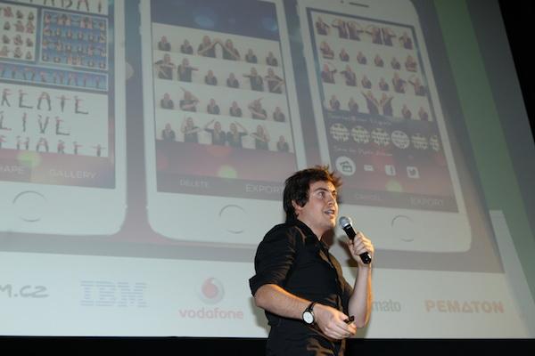 Dominik Veselý představuje svou aplikaci Photoshape pro iOS. Foto: Tomáš Pánek