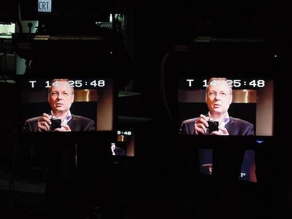Josef Chuchma se při natáčení prvního dílu své revue sám vyfotografoval. Foto: ČT