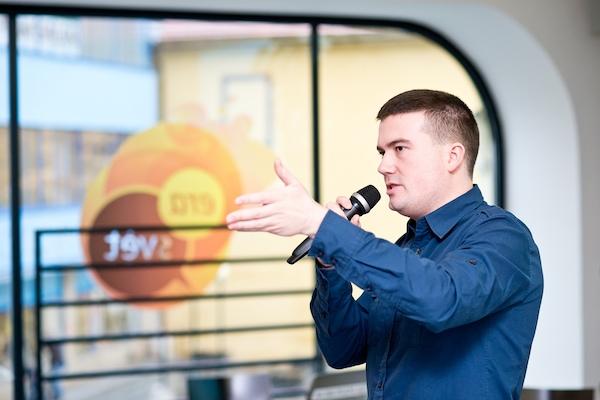 Dosavadní výsledky systému Piano Media přijel ze Slovenska představit Dávid Puha. Foto: Vojta Herout