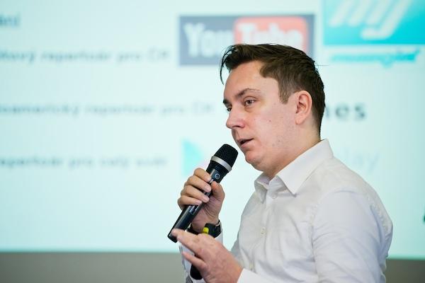 Předseda představenstva OSA Roman Strejček na mikrokonferenci Médiáře. Foto: Vojta Herout