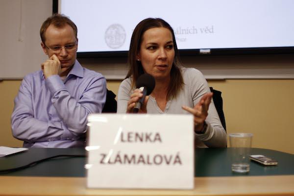 Lenka Zlámalová: úkolem žurnalistiky je informace nejen přinášet, ale hlavně protřídit. Foto: Kateřina Písačková