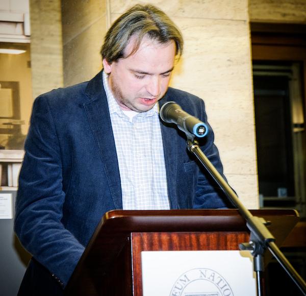 Laudatio na Jiřího Peňáse přečetl Jan Dražan. Foto: Martina Votrubová