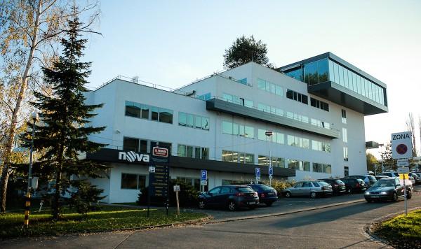 Majitel televize Nova je značně zadlužený podnik