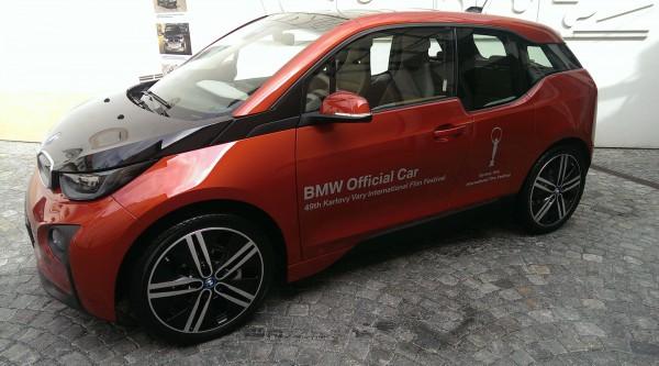 Oficiálním vozem už není Audi, ale BMW
