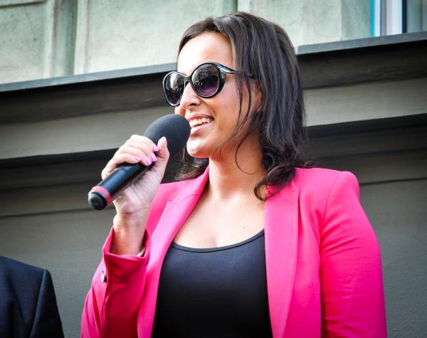 Lucie Šilhánová hovoří k příznivcům