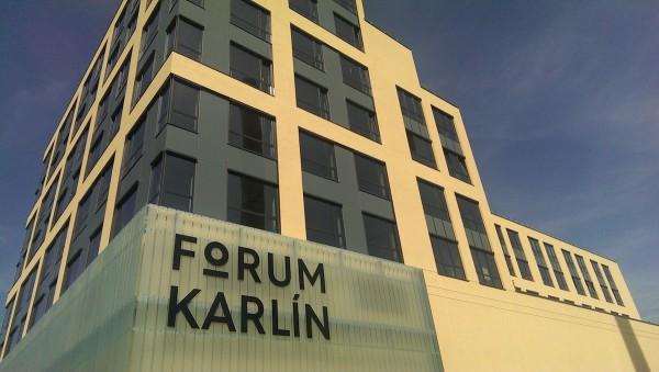 Forum Karlín sídlí v Pernerově ulici 51
