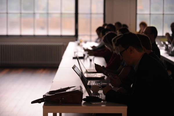 Návštěvníci mikrokonference. Foto: Martin Kabát