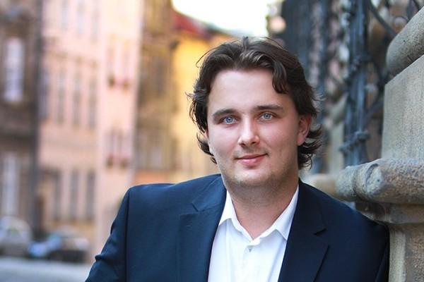 Olomouckou firmu Visia Cinema ovládá Jakub Vrzala