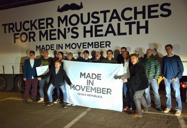 Úterní setkání ambasadorů a dalších sympatizantů Movemberu při zahajovací akci v observatoři Žižkovské věže