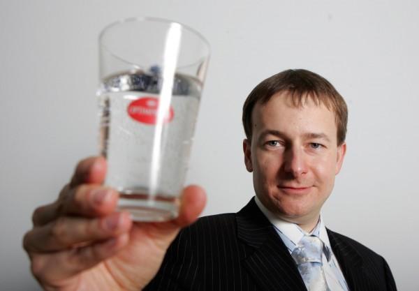 Jeden z vítězů transakce, spoluvlastník Mediaresearch Vladimír Komár, na snímku z roku 2006. Foto: Dan Materna / Mafra / Profimedia.cz