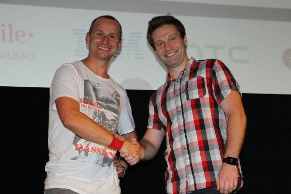 Ocenění od pořadu Applikace a Eso T-Mobilu tentokrát získal mobilní jukebox Jukees Vratislava Zimy. Foto: Tomáš Pánek