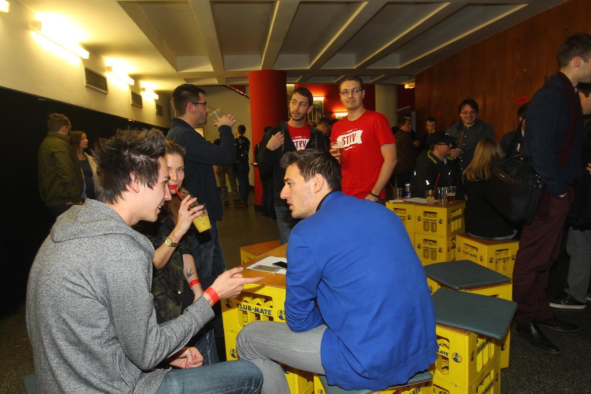 Bar studia Strv patřil hovorům o příjemné práci. Foto: Tomáš Pánek